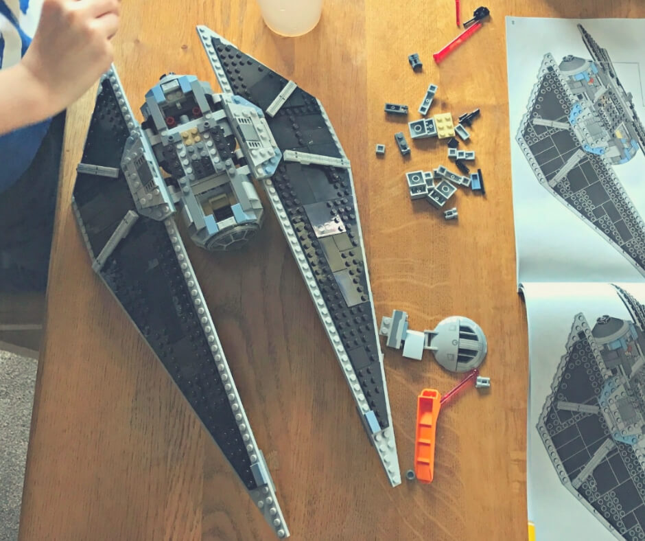 Kids' Activities You Can Both Enjoy | Whether it's a set, or regular Lego, build together!