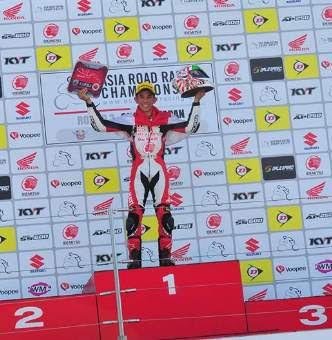 Gerry-SAlim-Juara-race2-AP250-Suzuka-japan-2017