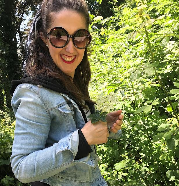 apanhar flor de sabugueiro