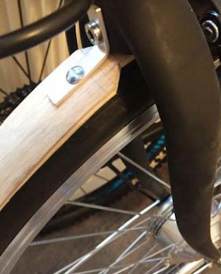 slebor depan sepeda dari kayu
