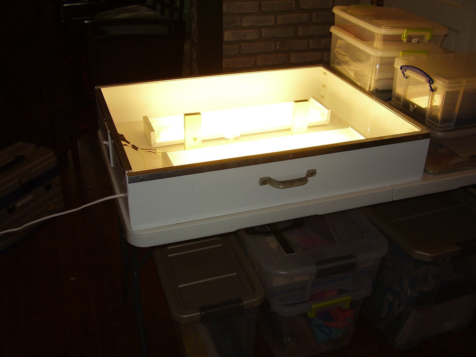 How To Make A Nightlight How To Make Your Own Large Light Box Art Projects