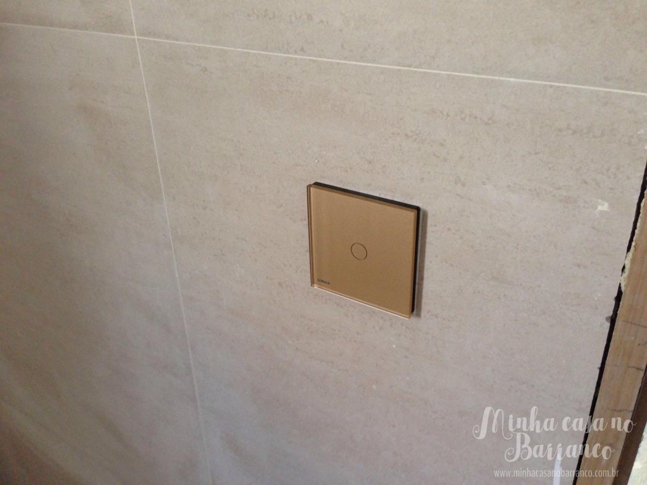 Imagens de #7E664D Banheiro do Teodoro coloquei este dourado. Combinou com o porcelanato  1280x960 px 2776 Box Banheiro Nh