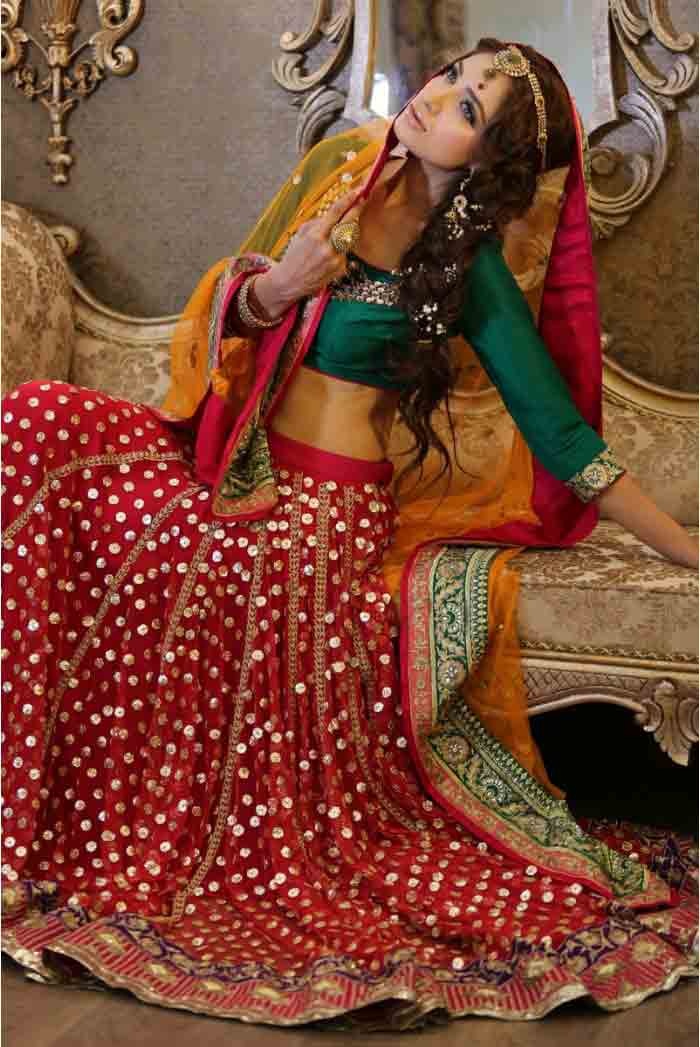 Beautiful Maria B bridal dresses mehndi designs collection online