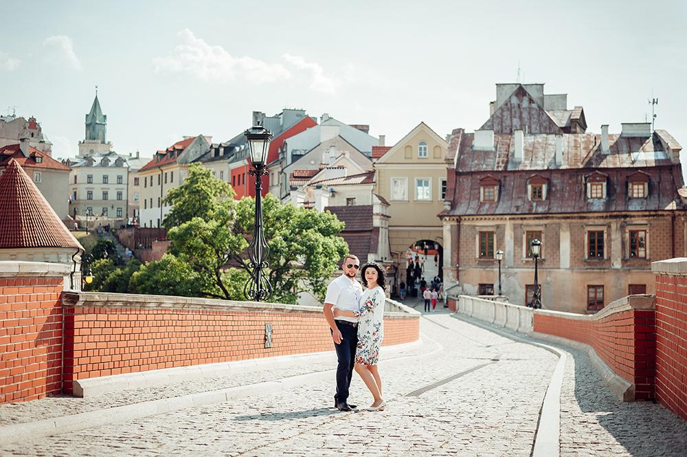 sesja narzeczeńska, Lublin, Stare Miasto, Wieża Trynitarska, Brama Grodzka