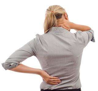 Nguyên nhân và cách chữa bệnh đau lưng ở người trẻ