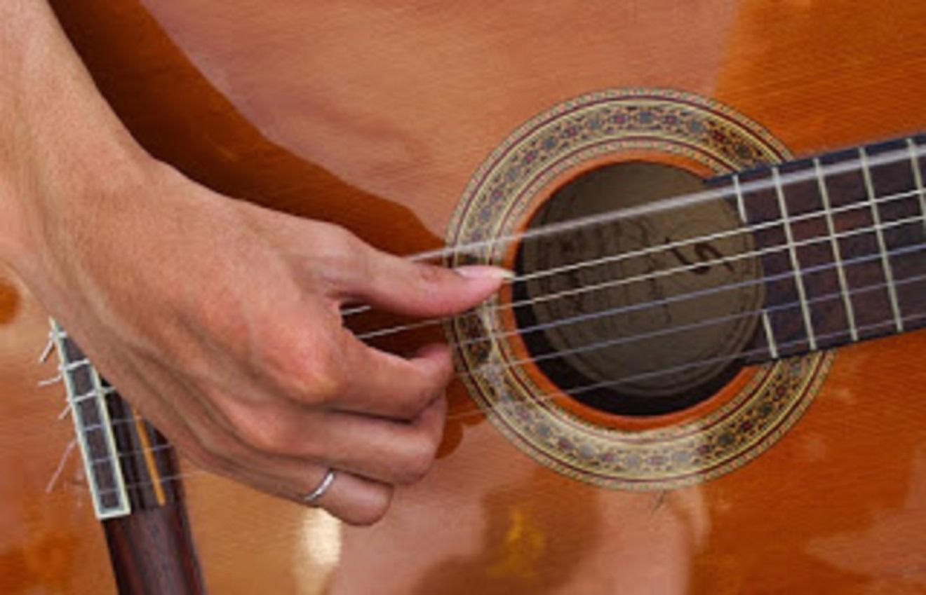 aplikasi smartphone belajar gitar free