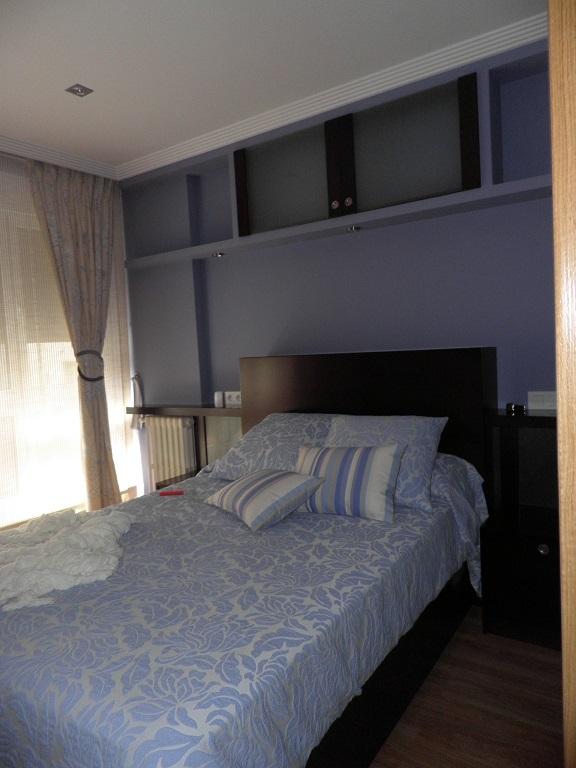 wenge cabecero vestidor y baño,dormitorio www.lolatorgadecoracion.es