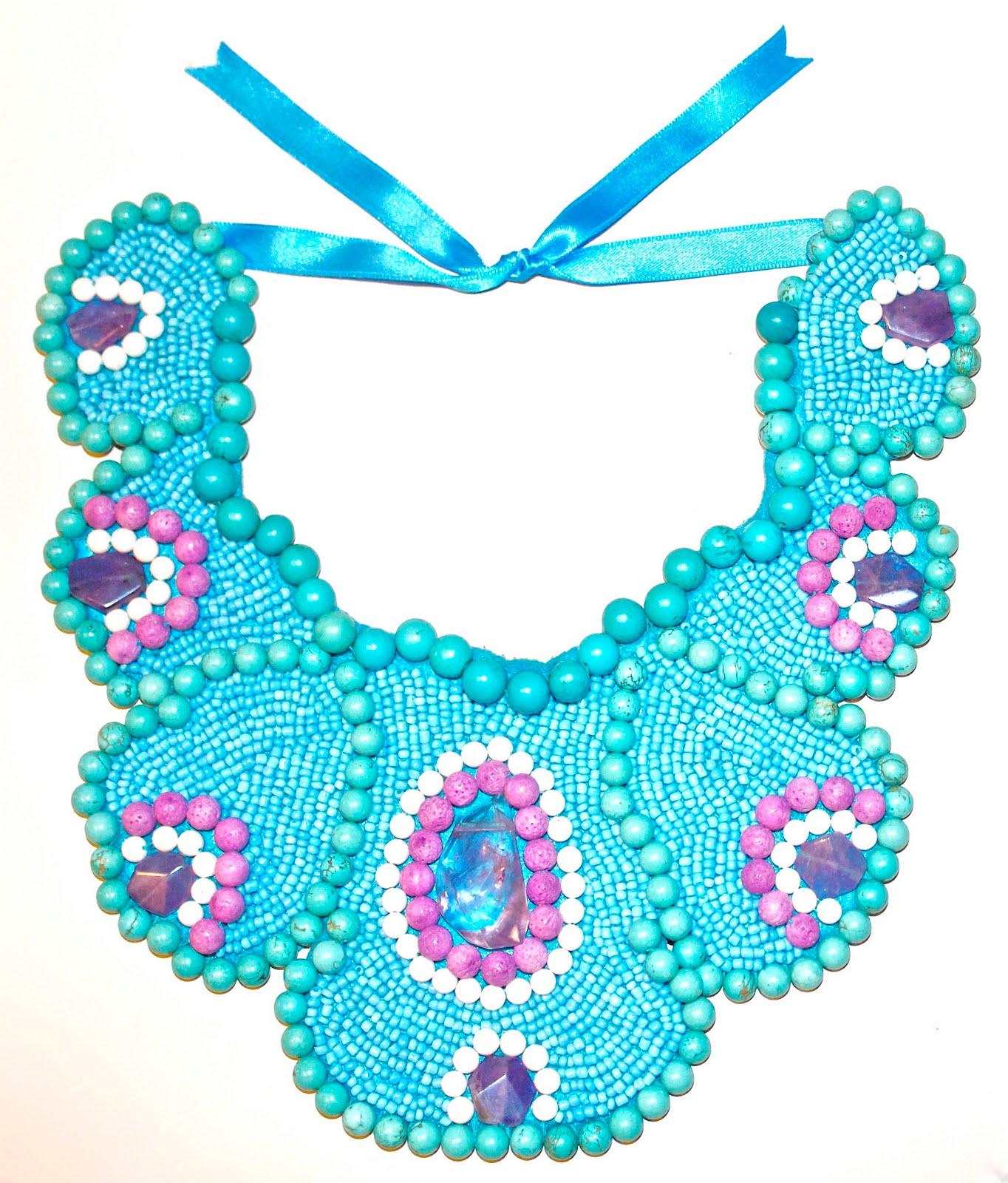 4ed13d11218d Collar babero de turquesas y amatistas DIY