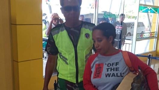 Mantan Kader Perindo Pembawa Ribuan Bendera Bintang Kejora Ditahan di Polres Manokwari