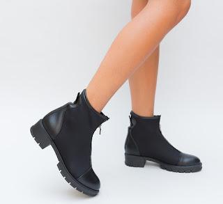 Ghete de la moda de toamna-iarna 2018 ieftine Negre