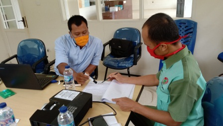 Diskusi Isi dari Panduan Mutu Laboratorium Bersama Kepala Laboratorium