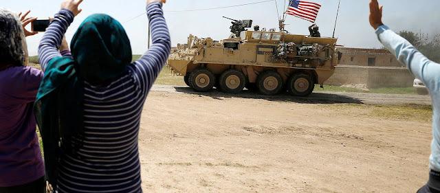 Συρία: Οι αμερικανικές δυνάμεις άρχισαν να αποσύρονται από τις περιοχές κοντά στα τουρκικά σύνορα