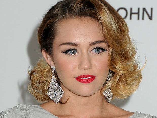 Miley Cyrus Hd Wallpapers