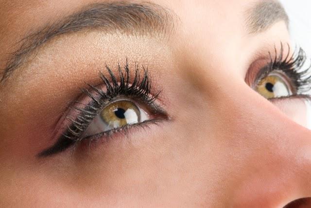 4 hal Berikut yang Membuat Kelopak Mata Anda Kering