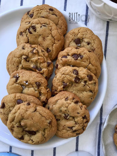 Chewy Chocolate Chip Cookies with Melted Butter