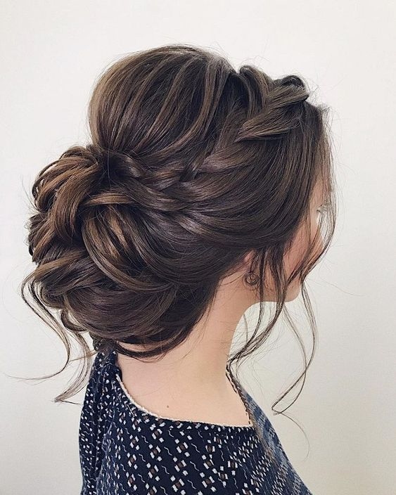 hairstyles-for-summer-brides