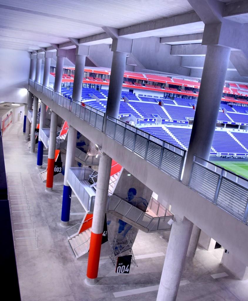 grand stade lione architettura