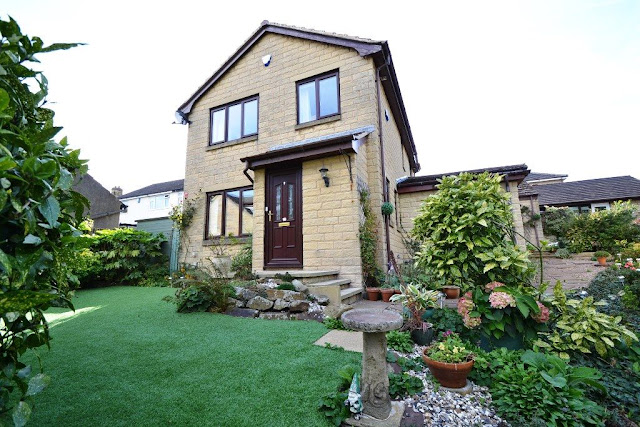 This Is Bradford Property - 4 bed detached house for sale Charterhouse Road, Idle, Bradford BD10
