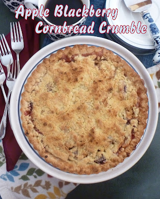 Apple Blackberry Cornbread Crumble: Apples are paired with blackberries and baked with a crunchy cornbread crumble topping. | Recipe developed by www.BakingInATornado.com | #recipe #dessert