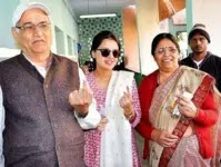 mahendra singh dhoni parents