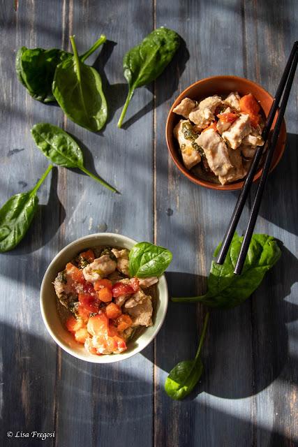 Pollo in brodo con la spinacini e carote