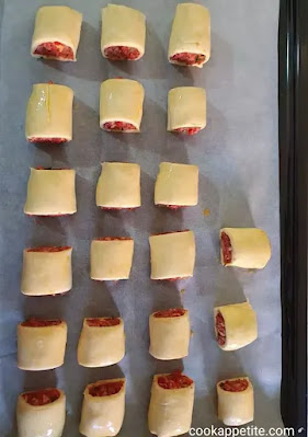Sausage and bacon rolls- I used minced beef, because I am a big fan.You can substitute with pork mince or lamb mince. you can also use steak, and I assure you, you are going to have delicious steak rolls.