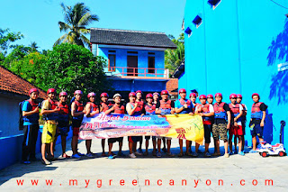 Kantor body rafting di green canyon