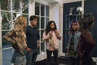 Marvel's Runaways Gregg Sulkin, Ariela Barer, Lyrica Okano, Virginia Gardner and Allegra Acosta Image 2 (41)