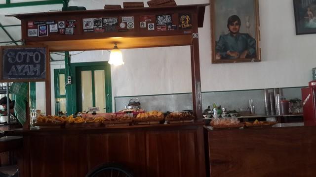 Angkringan Unik dan Artistik, Hanya di Kedai Angkringan Margomulyo Jogja