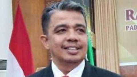 Rektor Unand Yuliandri