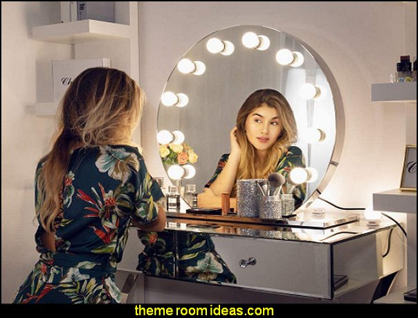 Hollywood Makeup Mirror  mirrored furniture hollywood glam bedroom decor hollywood movie stars bedroom