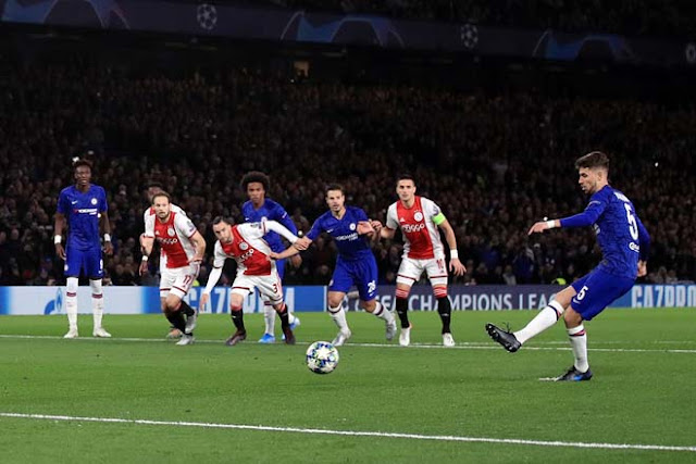 Video Chelsea 4-4 Ajax: 8 bàn, 2 thẻ đỏ & màn ngược dòng điên  2