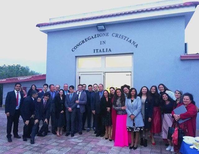 Foto na Congregação Cristã na Itália - Irmandade Saúda a todos com a Paz de Deus