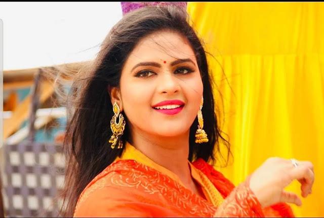 Chandani Singh (Bhojpuri Actress) Wiki Biography, Age, Husband, Photos