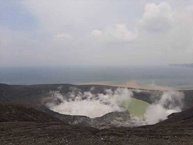 penjelasan volkanolog itb terkait suara dentuman dan erupsi gunung anak krakatau