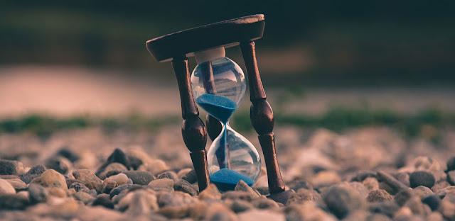 تنزيل  تطبيق AtomicClock - NTP Time  1.7.4 - تطبيق الساعة الذكية والذري لهواتف الاندرويد