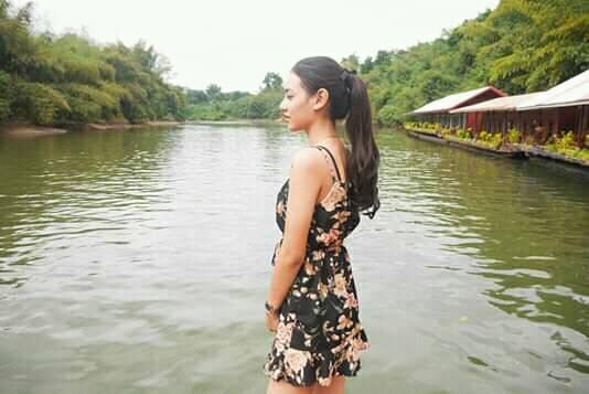 Indah Seorang Gadis, Beragama Islam, Berprofesi Marketing, Di Cianjur, Provinsi Jawa Barat Sedang Mencari Jodoh Pasangan Pria Untuk Dijadikan Calon Suami 3