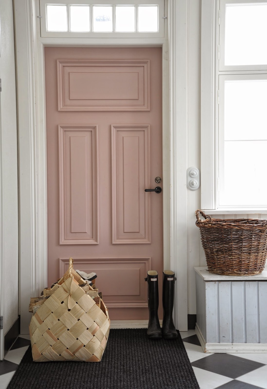 22 gorgeous painted interior doors that arent white postcards painted door planetlyrics Image collections