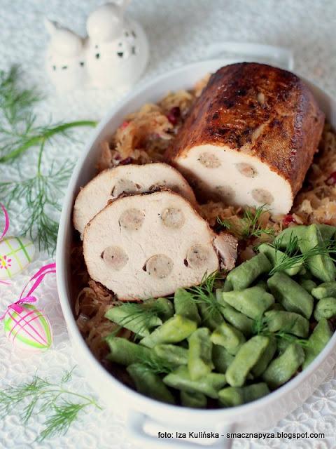 schab z kiełbaskami i kapusta, pieczenie schabu, schab nadziewany, wieprzowina, swiateczny obiad, rodzinny obiad, domowe jedzenie, wielkanocne przepisy