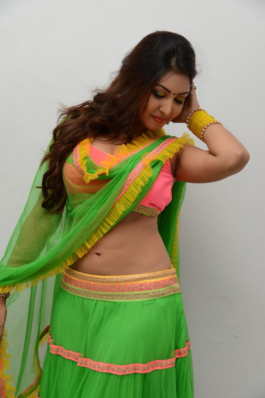 Hot Wanted Girls Komal Jha Hot Wallpapers-7510