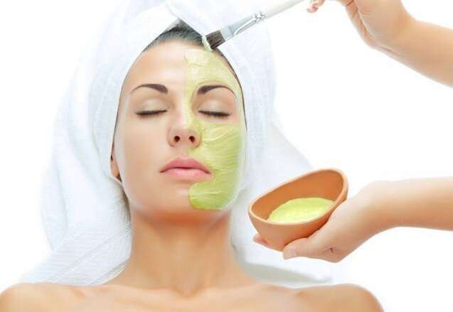How to use Aloe Vera mask for dry skin?