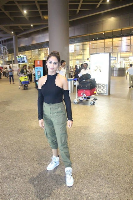 Krystle DSouza  IMAGES, GIF, ANIMATED GIF, WALLPAPER, STICKER FOR WHATSAPP & FACEBOOK