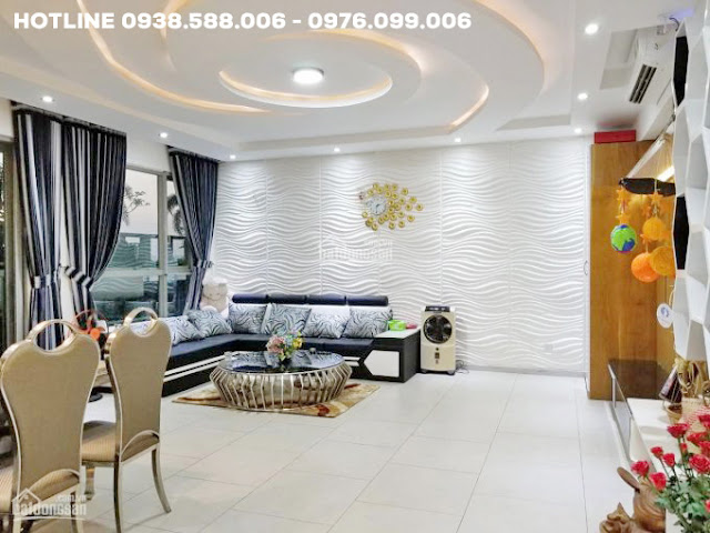 Phòng khách: bán căn hộ Riviera Point 2 phòng rộng rãi, thiết kế tinh tế, sang trọng.