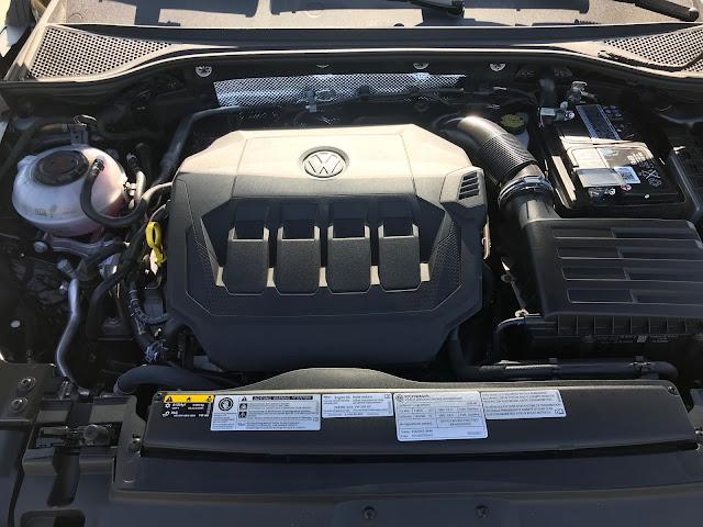 Engine in 2019 Volkswagen Arteon 2.0T SEL Premium R-Line w/4MOTION
