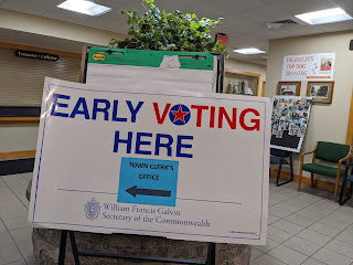 Early voting sign in the lobby of the Franklin Municipal Building, 355 East Central St