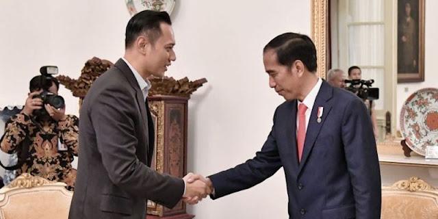 Pengamat Duga Ada Deal Antara Jokowi Dan AHY Di Balik Putusan Kemenkumham
