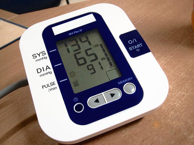 Mitos Seputar Hipertensi yang Salah Vs Fakta Sebenarnya