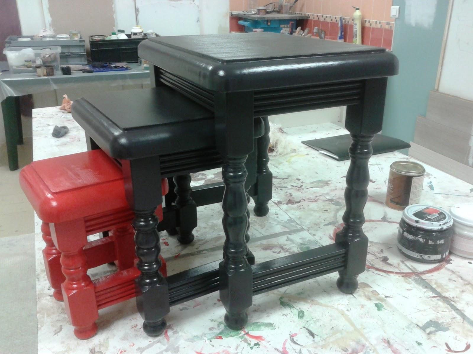peinture sur meuble vernis application directe sans. Black Bedroom Furniture Sets. Home Design Ideas