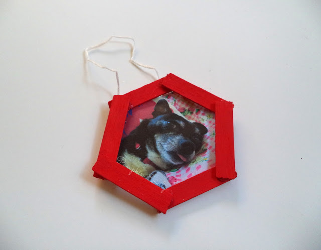 DIY Popsicle Picture Frame Ornament