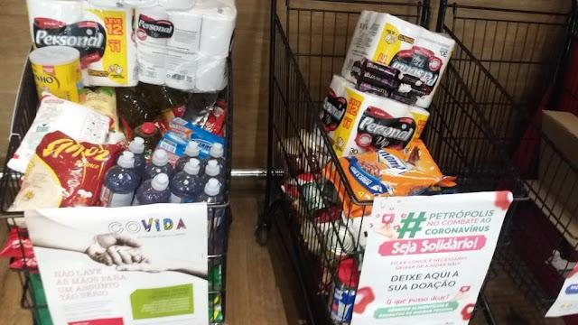 Campanha Seja Solidário doa 600 cestas básicas para famílias em Petrópolis